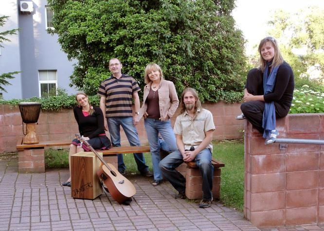 JANBERI, Koncert s hosty k čerstvě vydanému CD 10 Pilířů.